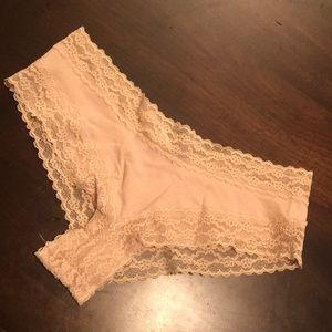 NWT Victoria's Secret Cheeky Low Rise Panty S